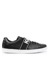 schwarze und weiße bedruckte Leder niedrige Sneakers von Karl Lagerfeld
