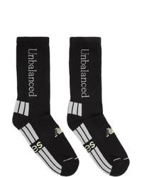 schwarze und weiße bedruckte Socken von Aries