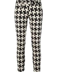 schwarze und weiße enge Hose mit Hahnentritt-Muster