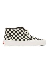 schwarze und weiße hohe Sneakers aus Segeltuch mit Karomuster