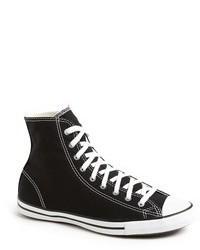 schwarze und weiße hohe Sneakers aus Segeltuch