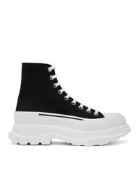 schwarze und weiße hohe Sneakers von Alexander McQueen