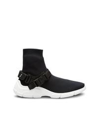 schwarze und weiße hohe Sneakers von Prada