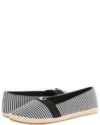 schwarze und weiße horizontal gestreifte Segeltuch Espadrilles