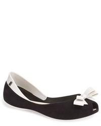 schwarze und weiße Leder Ballerinas