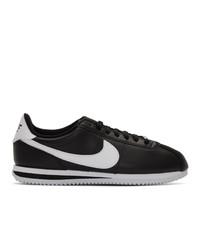schwarze und weiße niedrige Sneakers von Nike