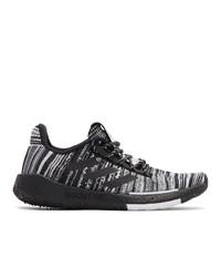 schwarze und weiße Segeltuch niedrige Sneakers von adidas x Missoni