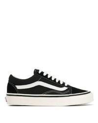 schwarze und weiße Segeltuch niedrige Sneakers von Vans