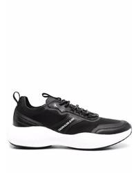schwarze und weiße Sportschuhe von Calvin Klein