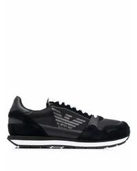 schwarze und weiße Sportschuhe von Emporio Armani
