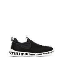 schwarze und weiße Sportschuhe von Miu Miu
