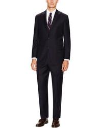 schwarzer Anzug mit Karomuster