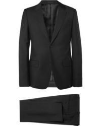 schwarzer Anzug von Alexander McQueen