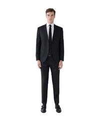 schwarzer Anzug von SteffenKlein