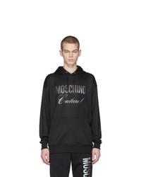 schwarzer bedruckter Pullover mit einem Kapuze von Moschino