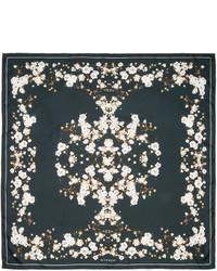 schwarzer bedruckter Seideschal von Givenchy