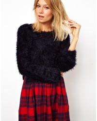 schwarzer flauschiger kurzer Pullover von Asos