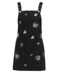 schwarzer Jeans Kleiderrock mit Blumenmuster von Topshop