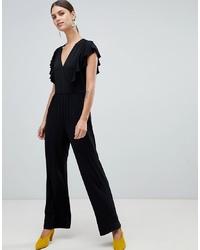 schwarzer Jumpsuit mit Rüschen von Y.a.s