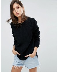 schwarzer klobiger Pullover mit einem Rundhalsausschnitt von Asos