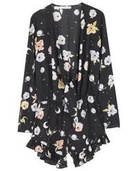 schwarzer kurzer Jumpsuit mit Blumenmuster von Mango
