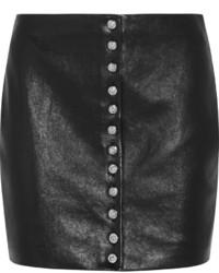 schwarzer Lederrock mit knöpfen
