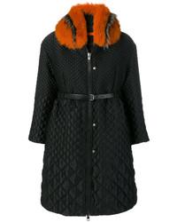 schwarzer Mantel mit einem Pelzkragen von Ermanno Scervino