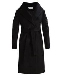 schwarzer Mantel von mint&berry