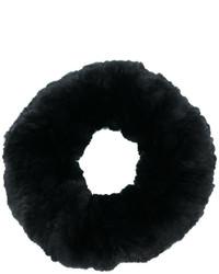 schwarzer Pelzschal von Yves Salomon