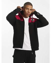 schwarzer Pullover mit einem Kapuze von Dangerous