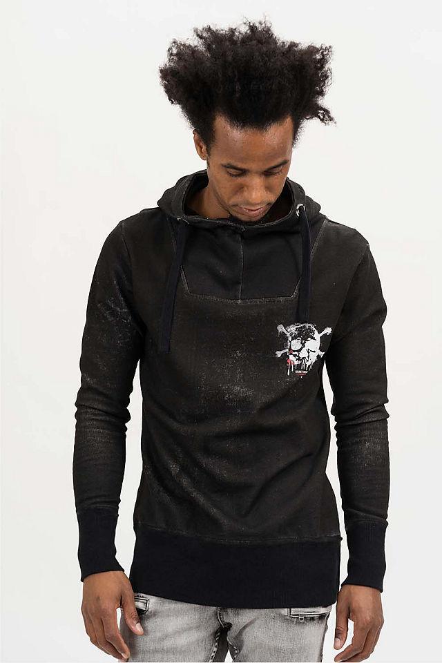 schwarzer Pullover mit einem Kapuze von TRUEPRODIGY