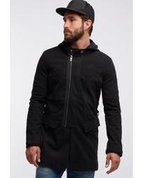 schwarzer Pullover mit einem Kapuze von Tuffskull