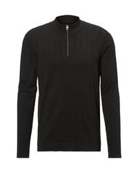 schwarzer Pullover mit einem Reißverschluss am Kragen von Marc O'Polo