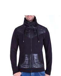 schwarzer Pullover mit einem Reißverschluß von Cipo & Baxx