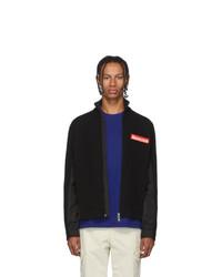 schwarzer Pullover mit einem Reißverschluß von Moncler