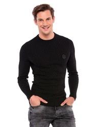 schwarzer Pullover mit einem Rundhalsausschnitt von Cipo & Baxx