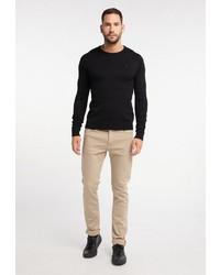 schwarzer Pullover mit einem Rundhalsausschnitt von Dreimaster