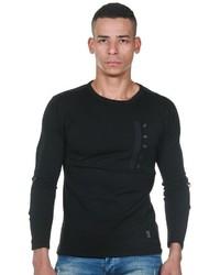 schwarzer Pullover mit einem Rundhalsausschnitt von EX-PENT