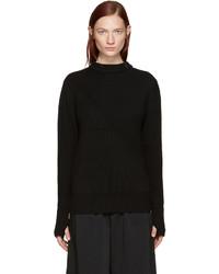 schwarzer Pullover mit einem Rundhalsausschnitt von Hyke