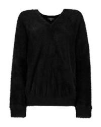 schwarzer Pullover mit einem Rundhalsausschnitt von KIOMI