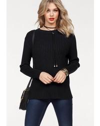 schwarzer Pullover mit einem Rundhalsausschnitt von Vero Moda