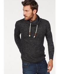 schwarzer Pullover mit einem Schalkragen von BRUNO BANANI