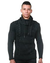 schwarzer Pullover mit einem Schalkragen von EX-PENT