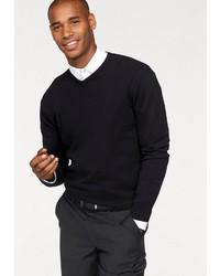 schwarzer Pullover mit einem V-Ausschnitt von CLASS INTERNATIONAL