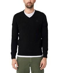 schwarzer Pullover mit einem V-Ausschnitt von s.Oliver