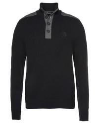 schwarzer Pullover mit einem zugeknöpften Kragen von Arizona