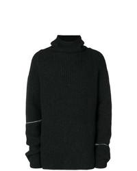 schwarzer Pullover mit einer weiten Rollkragen von Lost & Found Rooms