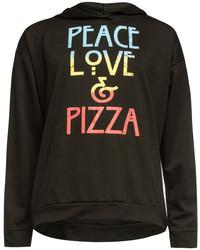 schwarzer Pullover mit Kapuze