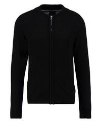 schwarzer Pullover mit einem Reißverschluß von Produkt