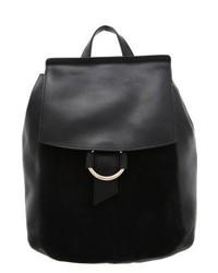 schwarzer Rucksack von KIOMI